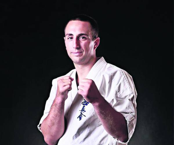 Meervoudig Wereld- en Europees kampioen Dimitrov geeft les in Stiens