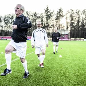 Old Stars Walking Footbal