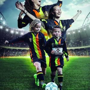 Open training meidenvoetbal bij S.C. Stiens