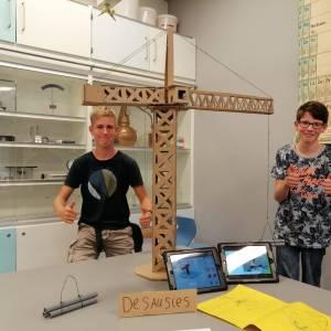 Technology & Development van Campus Middelsee presenteren project bouwkranen