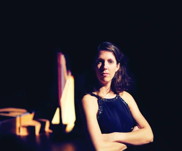 Concert Pakhûs SOLO Stiens: Beate Loonstra (harp) Rianne Wilbers (sopraan)