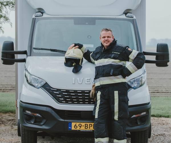 Brandweer Fryslân: Thomas Keizer (38) is sjeffeur bij de blusploeg en sjeffeur fan beroep