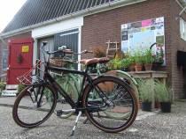 Op de fiets langs de Noord-Friese Winkeltjesroute