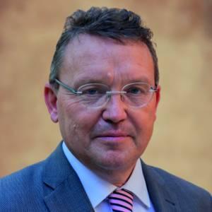 Lezing prof.dr. Jouke de Vries in dorpskerk Huizum