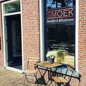 Smoek, broodjes en delicatessen in Stiens