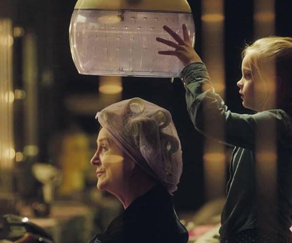 Filmhuis opent met bekroonde 'Kapsalon Romy'