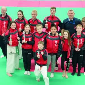 Karateka's Iryoku pakken zes prijzen in Rotterdam, driemaal eerste