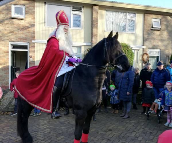 Intocht Sinterklaas Hijum