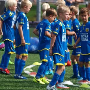 Voetbal- en keepersplezier bij SC Cambuur Voetbalmiddagen