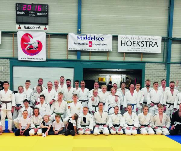12e Friese masters in Stiens